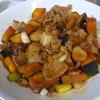 幸運な病のレシピ( 1754 )朝 :カボチャと肉の合わせ焼き、鶏むねグラタン、鮭、味噌汁(桂むき練習)、マユのご飯