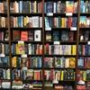 【確認できただけでもレトルトカレーが136種類】北野エースの「カレーなる本棚」でワイは2時間は楽しめそうやで