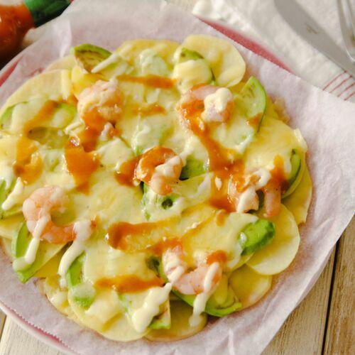 ピザ生地不要の手抜きピザ!「簡単じゃがいも土台ピザ」は料理したくない夏休みにピッタリのレシピ