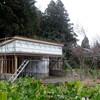 佐渡 小さな木造建物/小屋だけど、形もこだわる