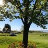マッキナック島(マキノ―島、Mackinac Island)を彩る鮮やかなチューリップやライラック。強い日差しの元とても鮮やかに咲き乱れていました。