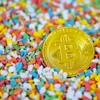 ビットコインが過去最高値、コインベース上場控え-6万2000ドル突破