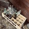 【古道具】こんなのあった。倉庫の掃除して出てきた古い箱や瓶、錆びたモノ