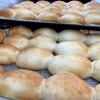 人気の給食手作りパン