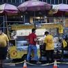 ニューヨークのフードトラックでハラルフードを食べる