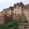 インドのジョードプルで圧倒的な存在感を放つ「メヘラーンガル城塞」