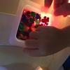 灯りで照らされた?色水を楽しむ〜12月のアトリエレポートPART4