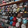 ヘルメット 色々ございます。