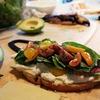 企業研究:ランカスター・コロニーはサラダドレッシングやクルトンなどを専門とする食品メーカー