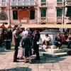 イタリア Venezia(ヴェネツィア) Campo San Maurizio の蚤の市