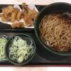 げそ天そばに、クーポン券を使って、納豆を追加する。 (@ ゆで太郎 in 豊島区, 東京都)