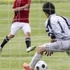 【サッカー】GKの基本姿勢で膝を内側に入れるのは難しい技術なのか?