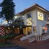 グアムで人気のハンバーガー店!メスクラドスのタモン店は味も立地もお勧め!