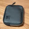 キャッシュレス生活に最適なサイズの財布 クローム Blak ZIP WALLET