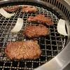 神田ランチ 昼から分厚いハラミ肉を焼きまくる