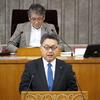 19日、吉田英策議員が代表質問。憲法も原発も知事はこれまでの答弁の繰り返し。エアコンはPTA設置も含めて県が負担すると明言。