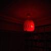 赤ちゃん寝かしつけの新常識を読んでリビングの照明を真っ赤にした