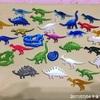 最近の恐竜バッチたち
