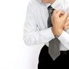 食道アカラシアの胸痛!食道が痛くなる原因や、痛みの強い時期とは?