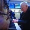 感動の『駅ピアノ』