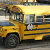 1歳の子にも大人気!乗り物ソング『The Wheels on the Bus』を絵本&歌で楽しもう