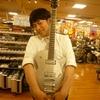 あのギターがついに一本だけ入荷!!