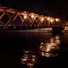 ライトアップされた山線鉄橋