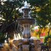 グアテマラの珍名所「おっぱい噴水」~今日の1枚