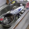 幸運な病のレシピ( 1336 )朝:「後片付けを科学する」食洗機から取り出す手順に関しての考察、両手を使い、収納先別に分類しながら動く。