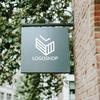直線を引く方向で立体感を表現したロゴマーク。 2000点のロゴ購入・販売サイト「ロゴショップ」