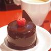 神戸トアロードのいつも行列のケーキ屋さん  神戸三宮の和食は安東へ