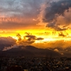 夕焼け空、大町市の空が黄金色に輝いてたよ(2017年11月14日)