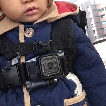 【体験】3歳の息子に着けたアクションカメラの動画を見て「子供の目線」を教えてもらった