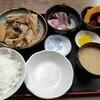 西川口の「あおき食堂」でぶり刺身とあら煮定食を食べました★