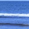 渚のサーフ物語。「空梅雨でもなし。徒然に午後の小波にサーフボードを浮かべれば、早過ぎる真夏の太陽光の予感」の巻。