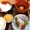 【愛媛】南予地方の鯛めしは鯛の刺身で食べるのだ - 富屋