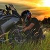 バイク用スマホホルダーは神アイテム!バイク乗りが今すぐ取りつけるべき理由と種類・注意点