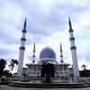 マレーシアの美しいブルーモスクにクアラルンプールから電車とバスで行ってきた