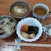 芋ご飯と南瓜の煮つけと卵入り味噌汁