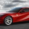 フェラーリ vs ランボルギーニ、V12自然吸気エンジンの頂上決戦!