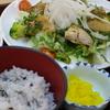 炙り焼きバジルチキンサラダ定食