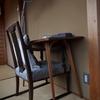 石亭は庭園の宿でもあり椅子の宿でもある:その壱