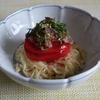 39冊目『おうちで食べようクイック麺』から4回めはカリカリ豚肉とトマトののっけ麺