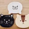 100均セリアのキッズ向け紙皿。アニマル型ペーパープレート(猫・あざらし・リス)がカワイイ。こどもとのBBQに使用
