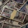 50円玉と100円玉