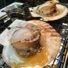 朝っぱらから「熱海の魚祭り」で地魚や貝を焼いて食べました。