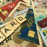 ポイント獲得重視のクレジットカード選び(2021年版)!お得にポイントを貯めたい方に、おすすめの高還元率クレジットカードを紹介。