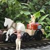 The Horse Powered Amphibian Tractor   『一馬力軌陸式牽引車 』