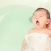 ワンオペ育児で赤ちゃんをお風呂に入れるだけで大変なのに…自分はどのタイミングで入浴すべき?