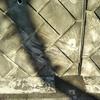 車がこすったコンクリ擁壁(間知石)のスリキズを元通りに直す汚れ色美装技術!
